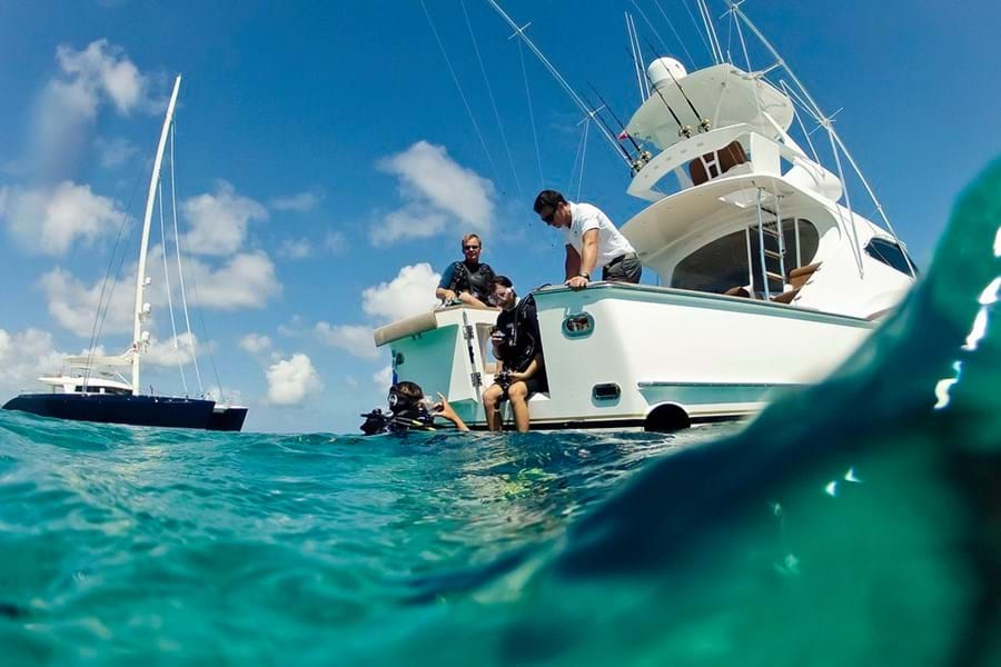 On some yachts you can learn to dive with a PADI-certified dive instructor