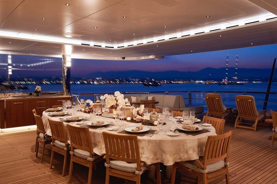 The bridge deck aft is another outsize deck area used for entertainment, lounging or open air dining sheltered by glass side screens