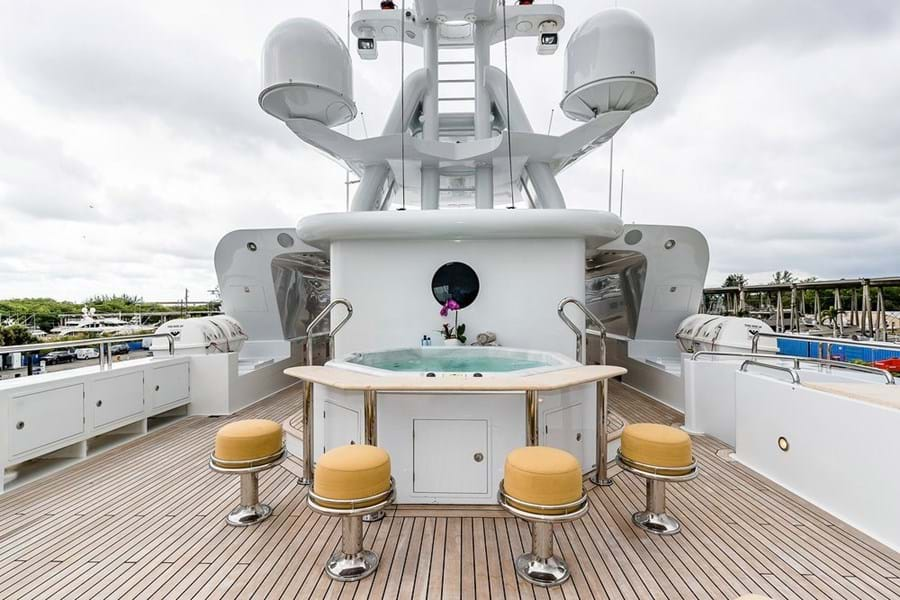 Six-person jacuzzi with sit up bar on the aft sun deck