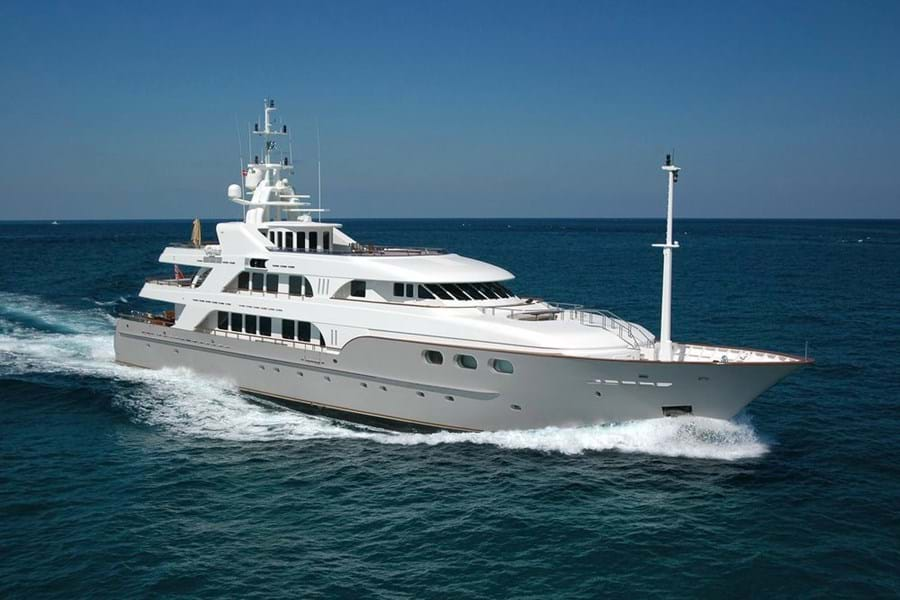 BELLA has recently had her asking price reduced by EUR 1,000,000