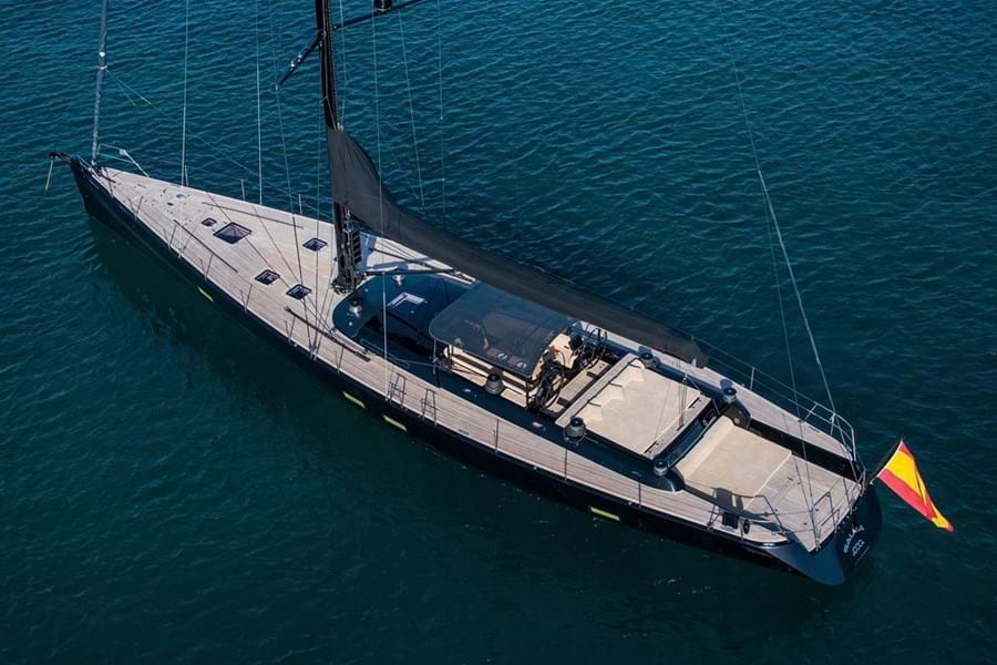 Racing or cruising, GALMA is designed and built to excel