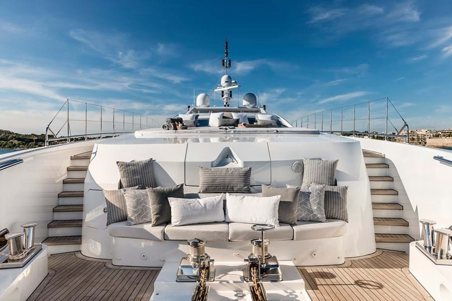 An intimate lounge forward of the foredeck sunpads