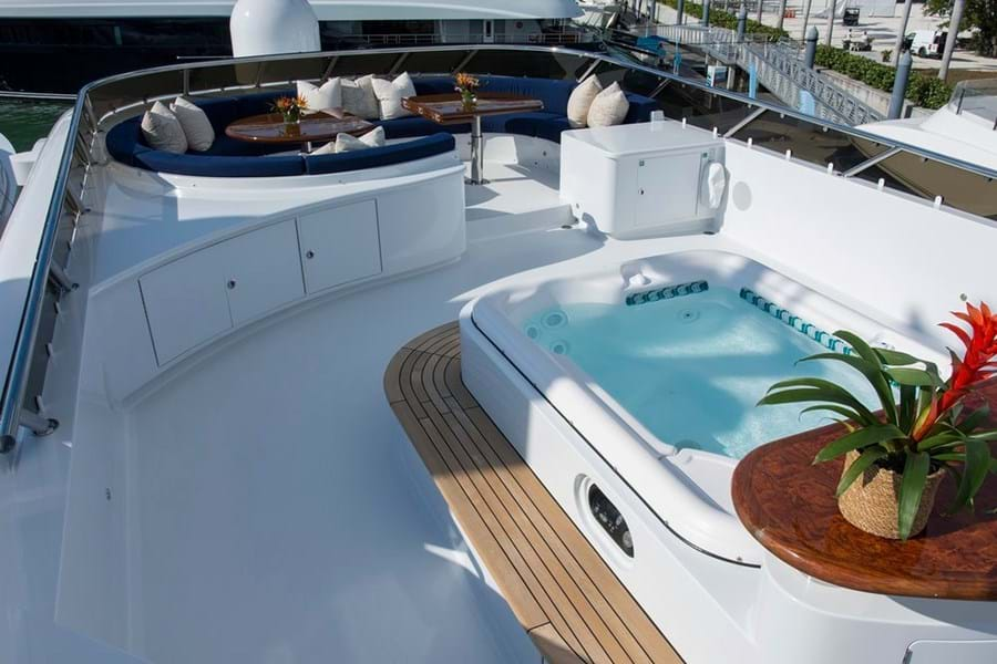 A well designed sun deck