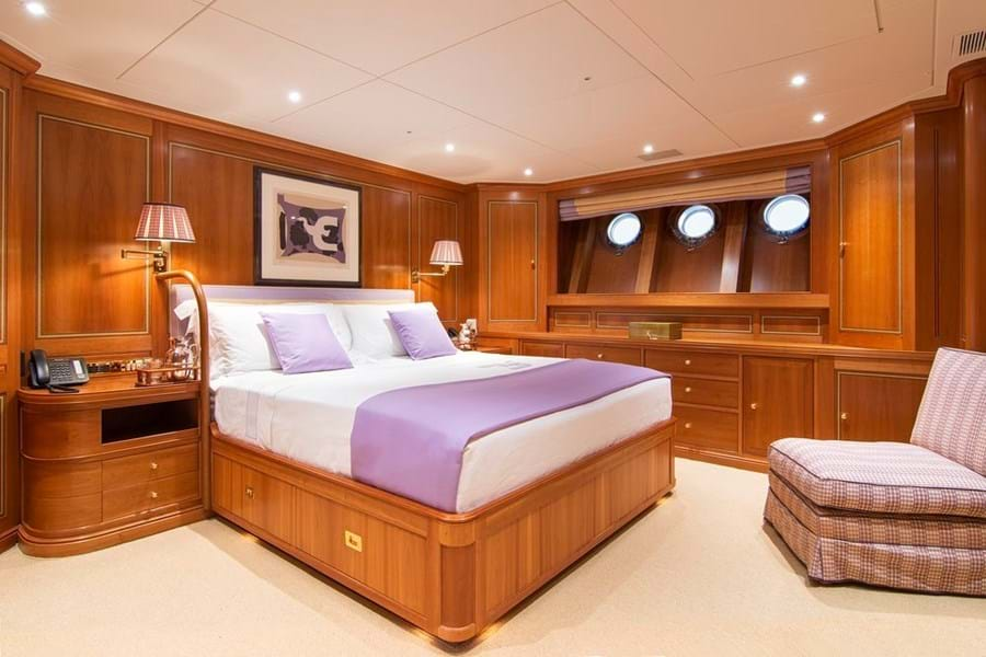 The full-beam master suite has an adjoining lounge