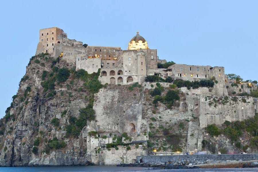 The imposing Castello Aragonese dates back to 474 BC