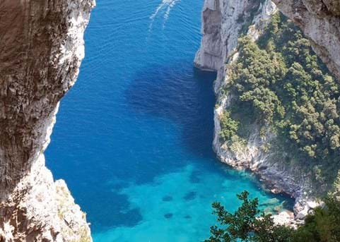 Explore the Amalfi Coast - eat, rest, play