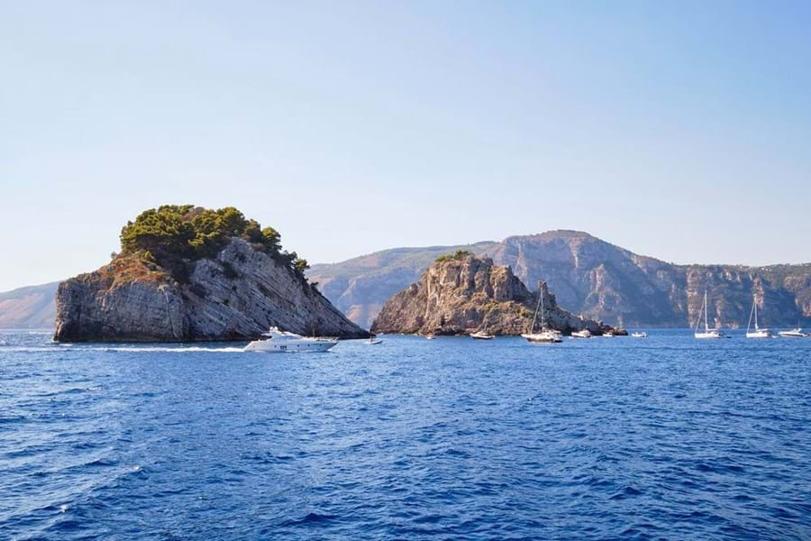 Wonderful swimming in the protected nature reserve of the Li Galli islands