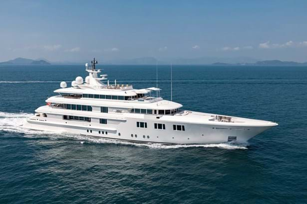 Sold: 68.5m motor yacht LADY S