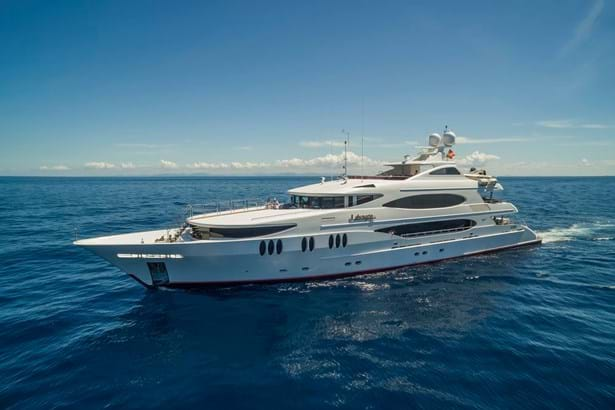 Purchased: 49.1m yacht LOHENGRIN